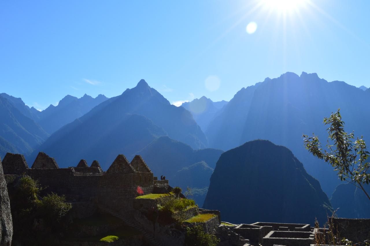 sun:mountains:ruins